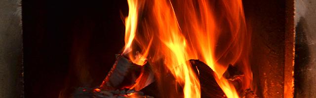 Spar penge på varmeregningen med en brændeovn